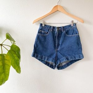 American Apparel Mom Shorts.